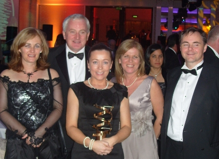 Niamh McCormack receives IMT Healthcare Award